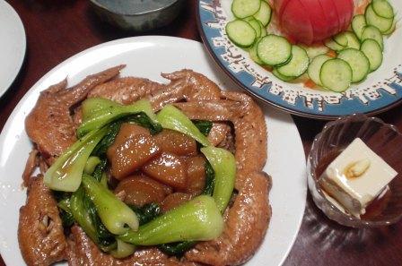 手羽先のスプライト煮(大根・チンゲン菜)
